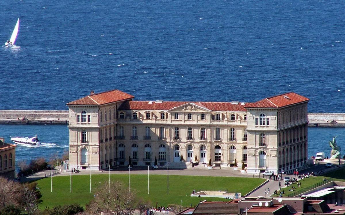 Vue du Palais du Faro à Marseille